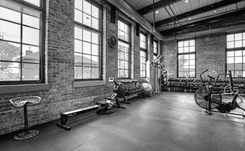 fitness-studio-bw